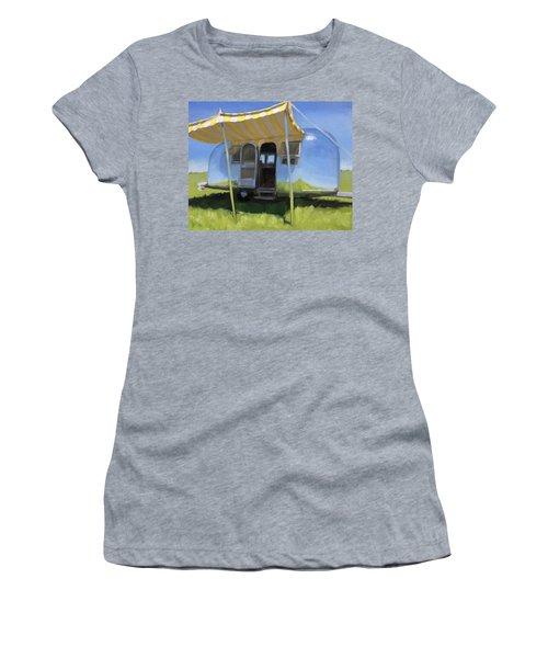 Buttercups And Lemonade Women's T-Shirt