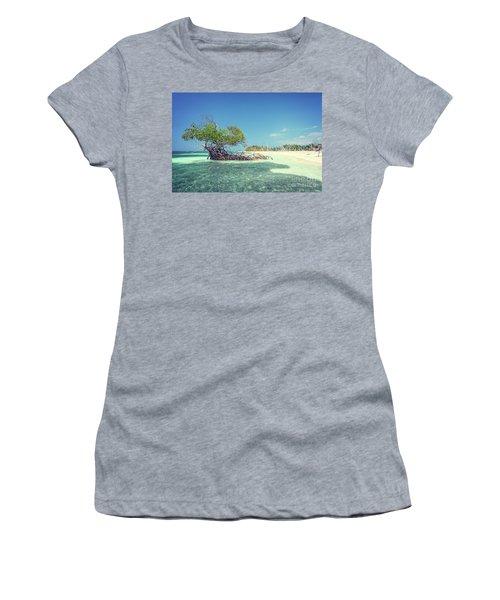 Cayo Levisa Women's T-Shirt