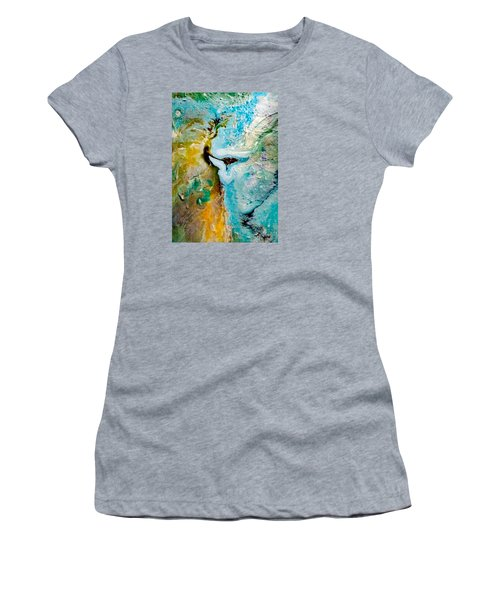 Cliff Hanger Women's T-Shirt