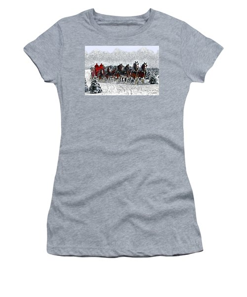 Clydesdales Hitch In Snow Women's T-Shirt