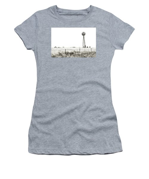 Women's T-Shirt (Athletic Fit) featuring the photograph Colorado Windmill by Andy Crawford