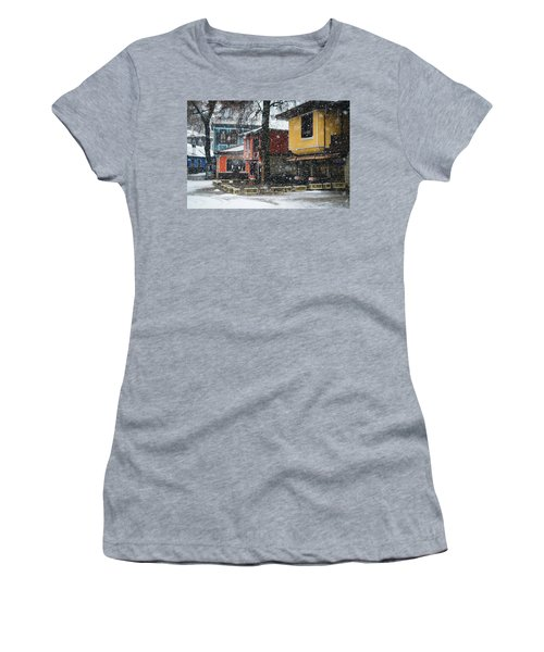 Colorful Koprivshtica Houses In Winter Women's T-Shirt