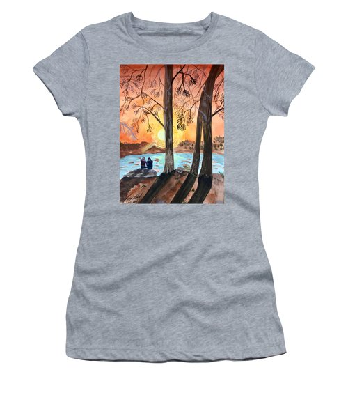 Couple Under Tree Women's T-Shirt
