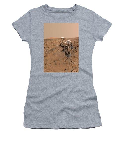 Curiosity Selfie Women's T-Shirt