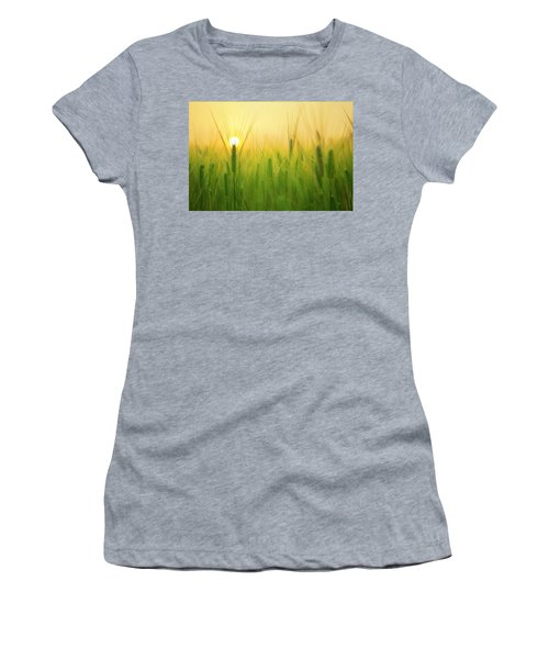 Dawn At The Wheat Field Women's T-Shirt