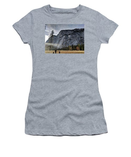 Feel Small Women's T-Shirt
