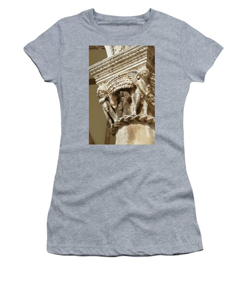 Figures On Capitals Of The Rector's Palace Women's T-Shirt