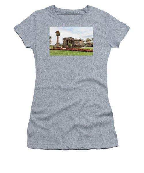 Halebid, Parshvanatha Basadi Women's T-Shirt