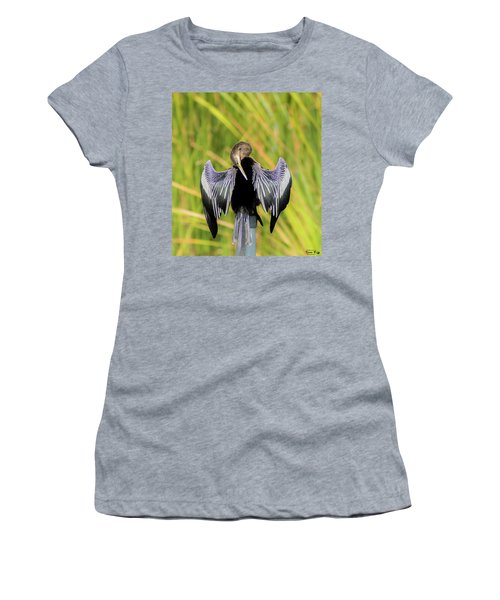 I Have An Itch Right There Women's T-Shirt