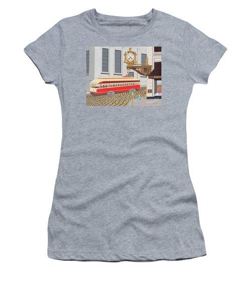 Kaufmann Clock Women's T-Shirt