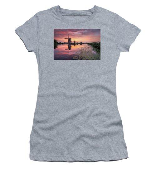 Kinderdijk Sunset Women's T-Shirt