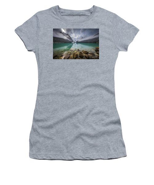 Lake Louise Misty Dawn Women's T-Shirt