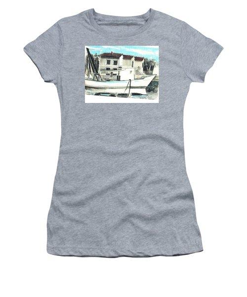 Le Barche Galleggianti Nel Mare Adriatico  Women's T-Shirt