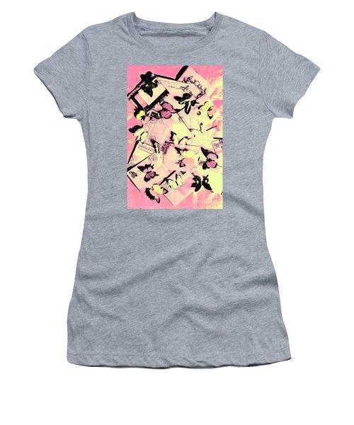 Letter Nests Women's T-Shirt