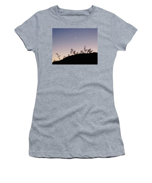 Libra Twilight Crescent Women's T-Shirt