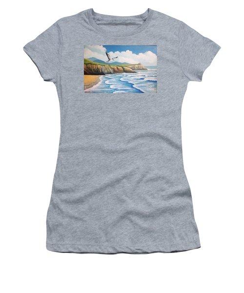 L'oiseau Solitaire Women's T-Shirt