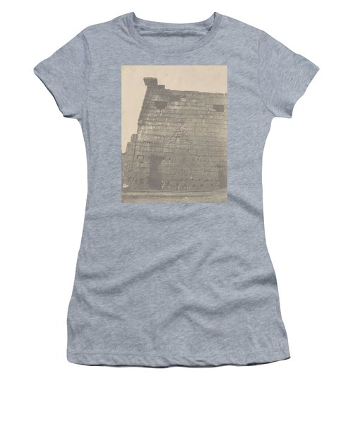 Luxor Historical Sculptures Of Pylon  Massif Right    Women's T-Shirt