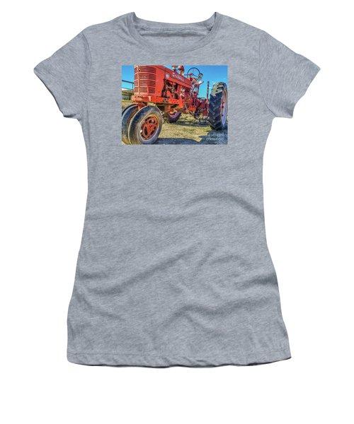 Mccormick Farmall Women's T-Shirt