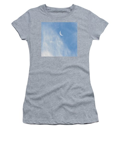 Moon In Libra - Crescent Farewell Women's T-Shirt