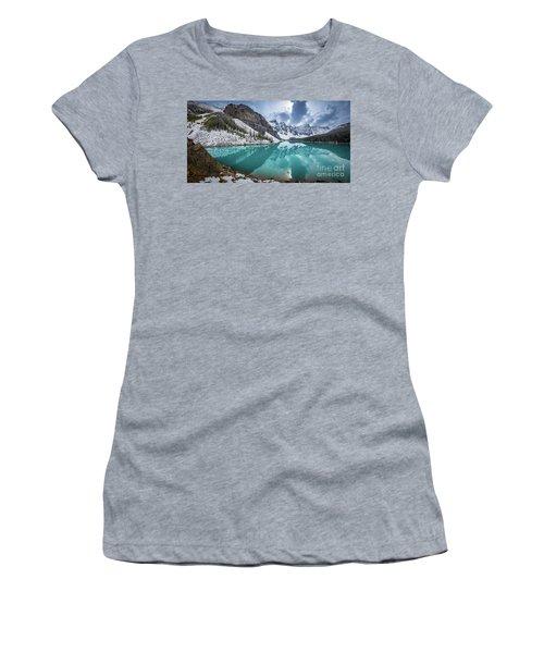 Moraine Lake Panorama Women's T-Shirt