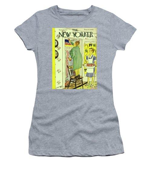 New Yorker September 25th 1943 Women's T-Shirt