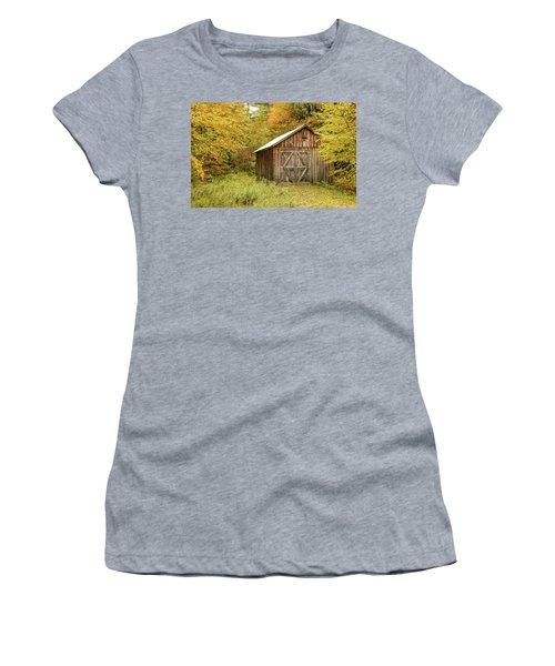 Old Barn New England Women's T-Shirt