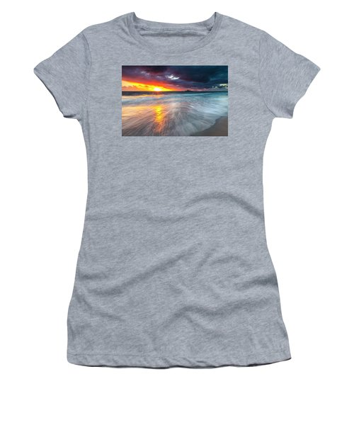 Old Lighthouse Women's T-Shirt