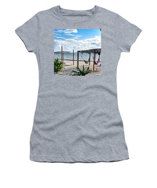 Perfect Getaway Women's T-Shirt