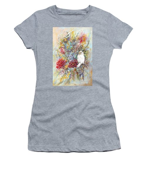 Rare White Sparrow - Portrait View. Women's T-Shirt