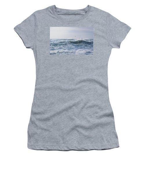 Reynisfjara Seagull Over Crashing Waves Women's T-Shirt
