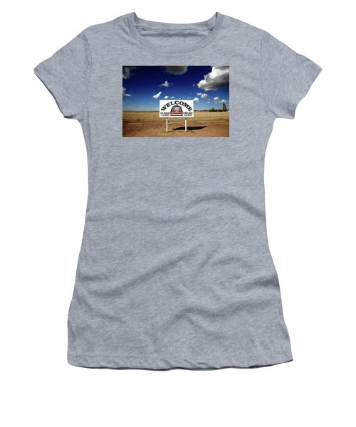 Route 66 - Midpoint Sign 2010 Bw Women's T-Shirt