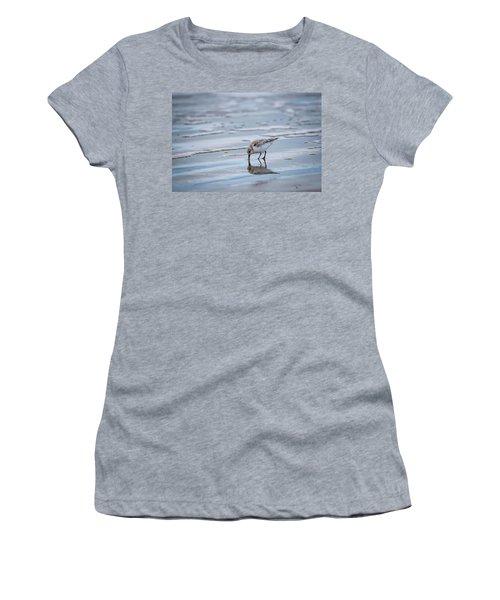 Sanderling Foraging Women's T-Shirt