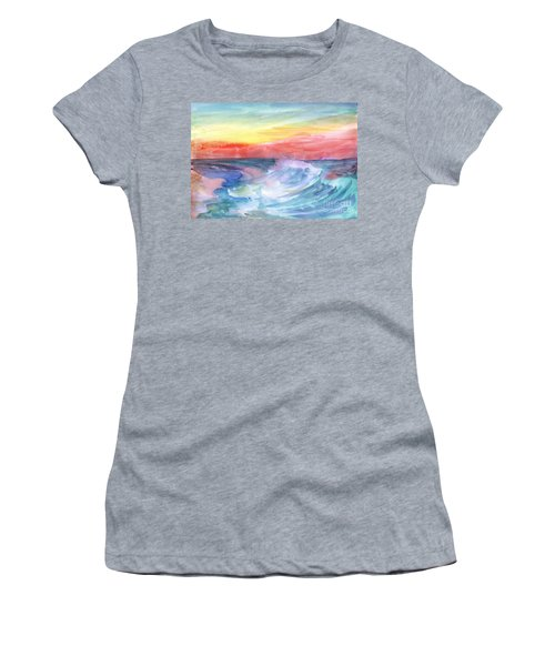Sea Wave Women's T-Shirt