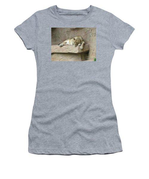She Lion Women's T-Shirt