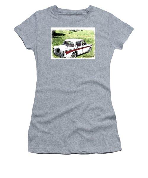 Singer Gazelle Women's T-Shirt