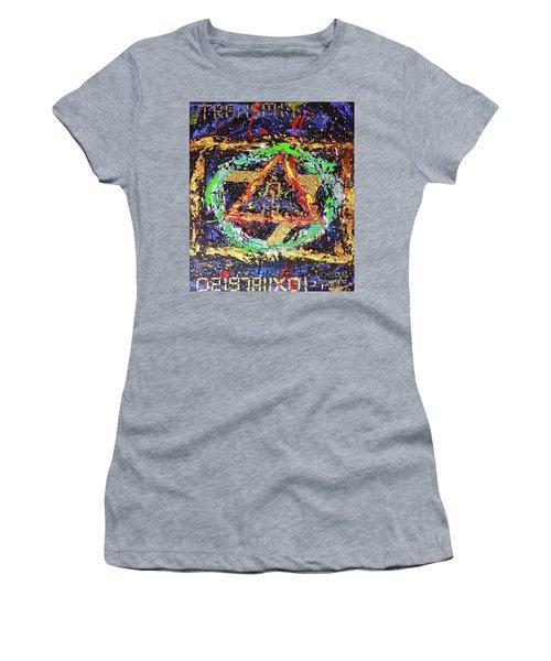 Solar Returns Women's T-Shirt