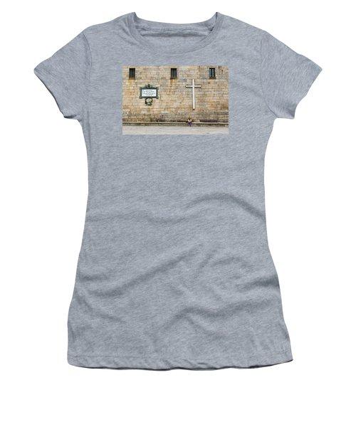 Women's T-Shirt featuring the photograph Street Color by Alex Lapidus