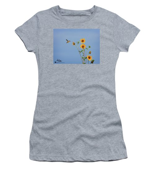 Summer Day Hummingbird Women's T-Shirt