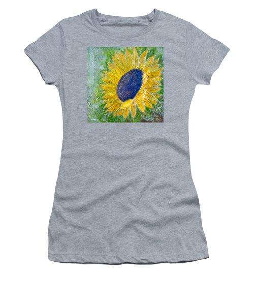Sunflower Praises Women's T-Shirt
