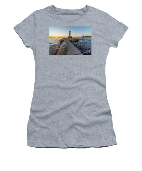 Sunset In Frankfort Women's T-Shirt