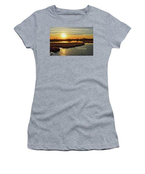 Sunset In Pitt Meadows Women's T-Shirt