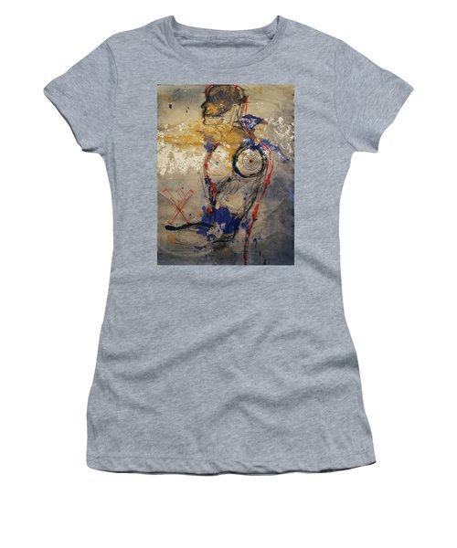 The Protector Of The Sacred Feminine  Women's T-Shirt