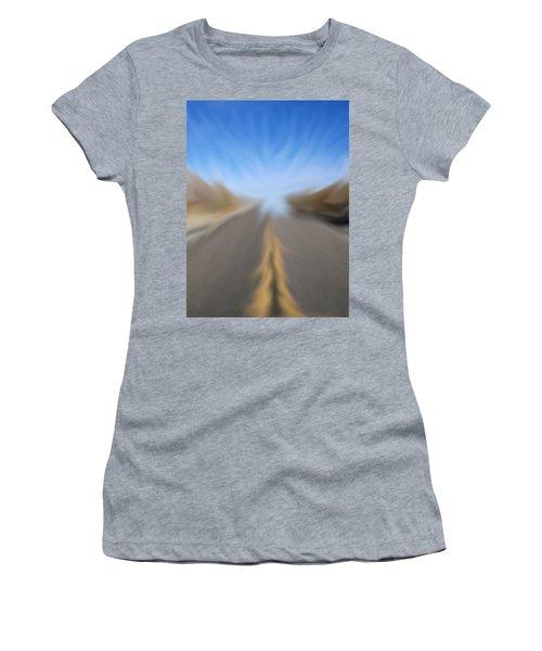 Vanishing Poiint Women's T-Shirt