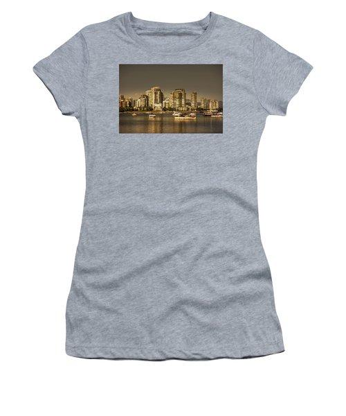 Yaletown Golden Hour Women's T-Shirt