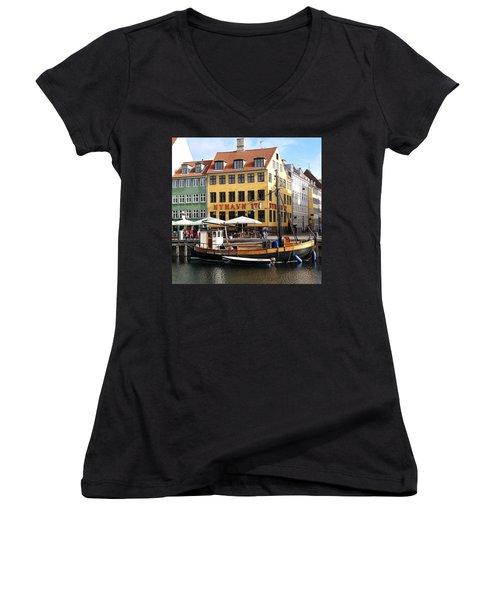 Boat In Nyhavn Women's V-Neck T-Shirt