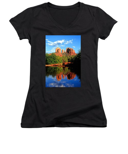 0464 Sedona Arizona Women's V-Neck T-Shirt (Junior Cut) by Steve Sturgill