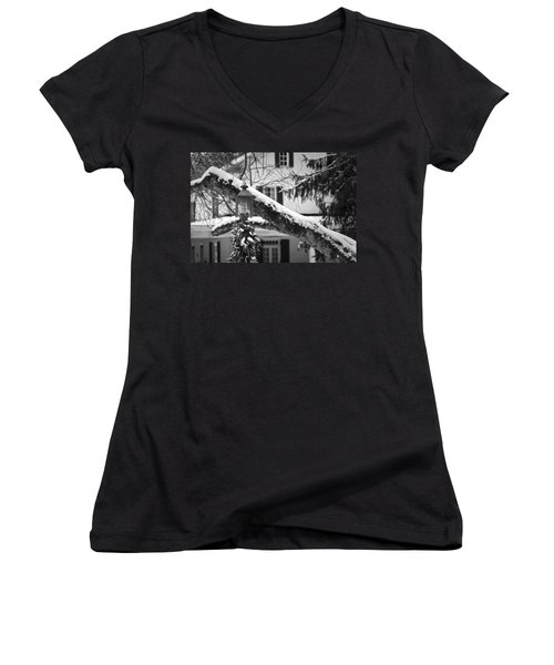 Holiday Candle Light Women's V-Neck