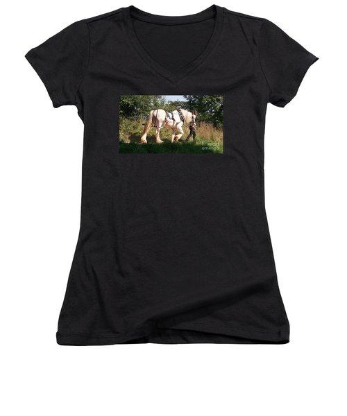 Tiverton Barge Horse Women's V-Neck T-Shirt (Junior Cut) by John Williams