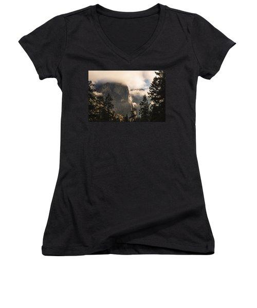 Yosemite Women's V-Neck T-Shirt