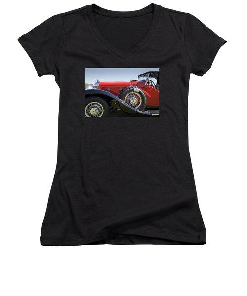 1932 Stutz Bearcat Dv32 Women's V-Neck T-Shirt